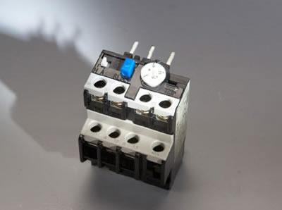 热过载继电器th-p400-厦门丰国机电设备有限公司